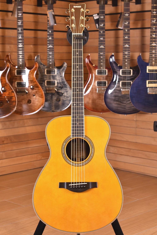 Acordator chitarra online dating