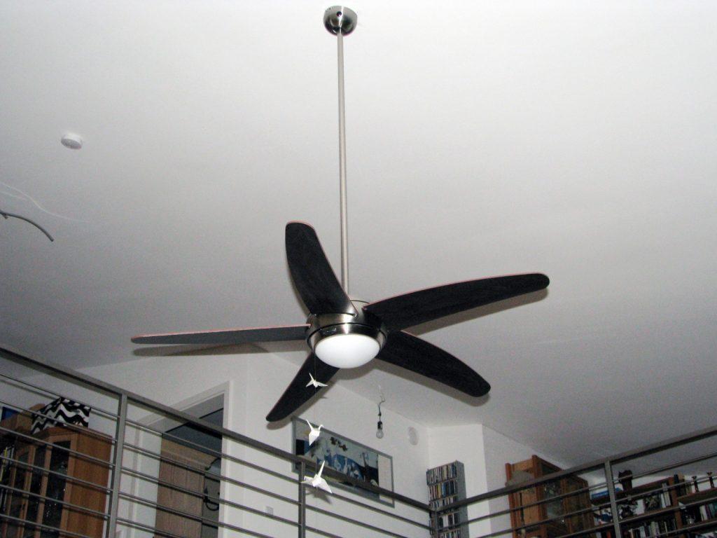 I migliori ventilatori da soffitto con luce classifica di for Ikea ventilatori da soffitto